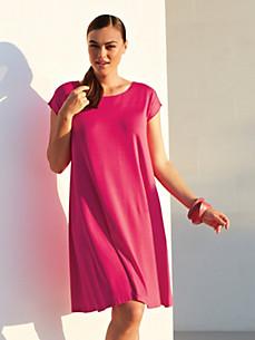 Freizeit-Kleid in schwingender Form