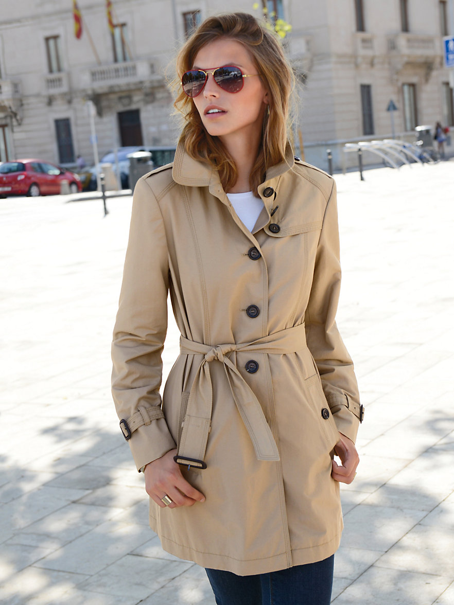 Founded in , Sumissura is the e-commerce leader in Women's Custom Trench Coats, as we offer our customers complete freedom to design their own clothes by choosing from a .