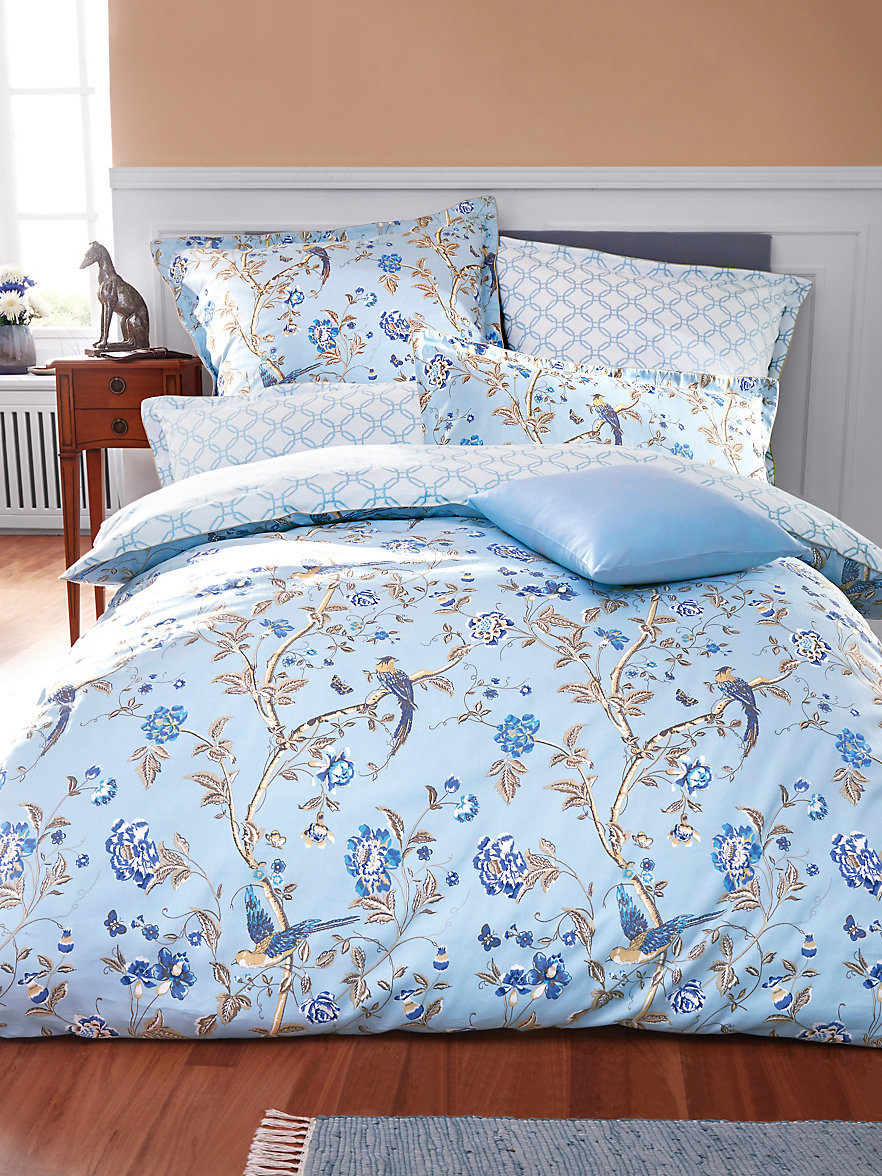 laura ashley 2 teilige bettgarnitur ca 135x200cm bleu wei. Black Bedroom Furniture Sets. Home Design Ideas