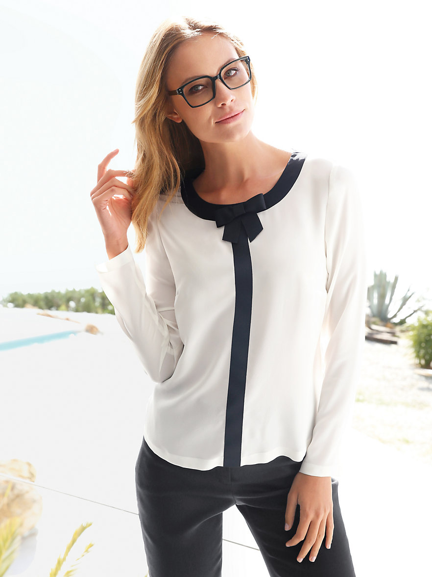 bluse schwarz f r elegante damen l 39 immagine della bellezza femminile. Black Bedroom Furniture Sets. Home Design Ideas