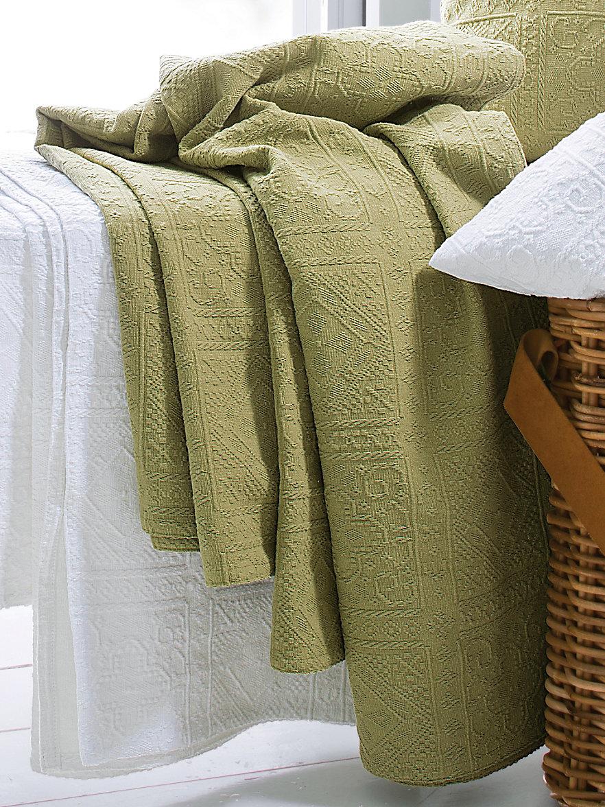peter hahn berwurf f r couch und bett ca 160x270cm pistazie. Black Bedroom Furniture Sets. Home Design Ideas