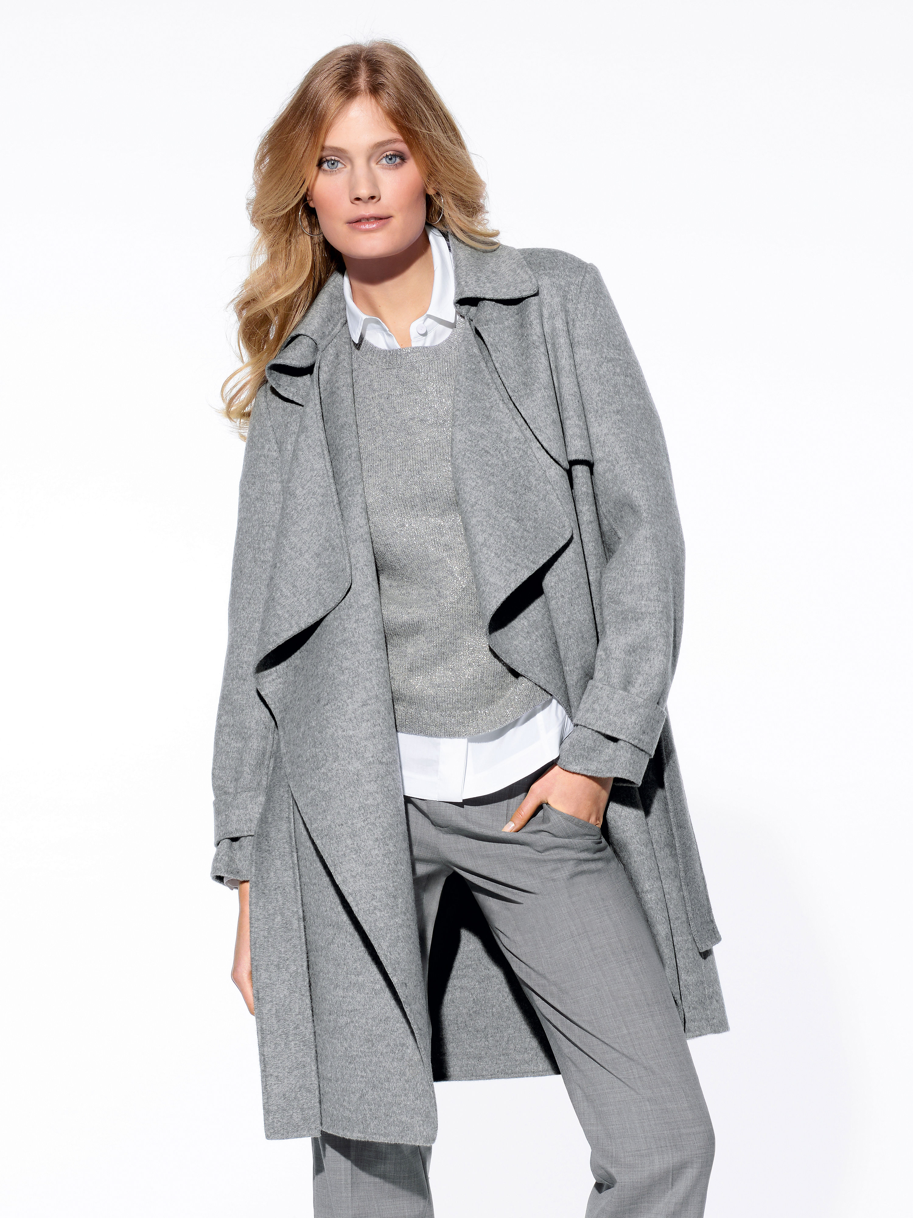 Plus Size & Curve Coats & Jackets Earn some serious style points with boohoo Plus – cut with confidence for UK sizes From wardrobe staples to fashion- forward pieces, Plus promises to keep you on trend season after season.