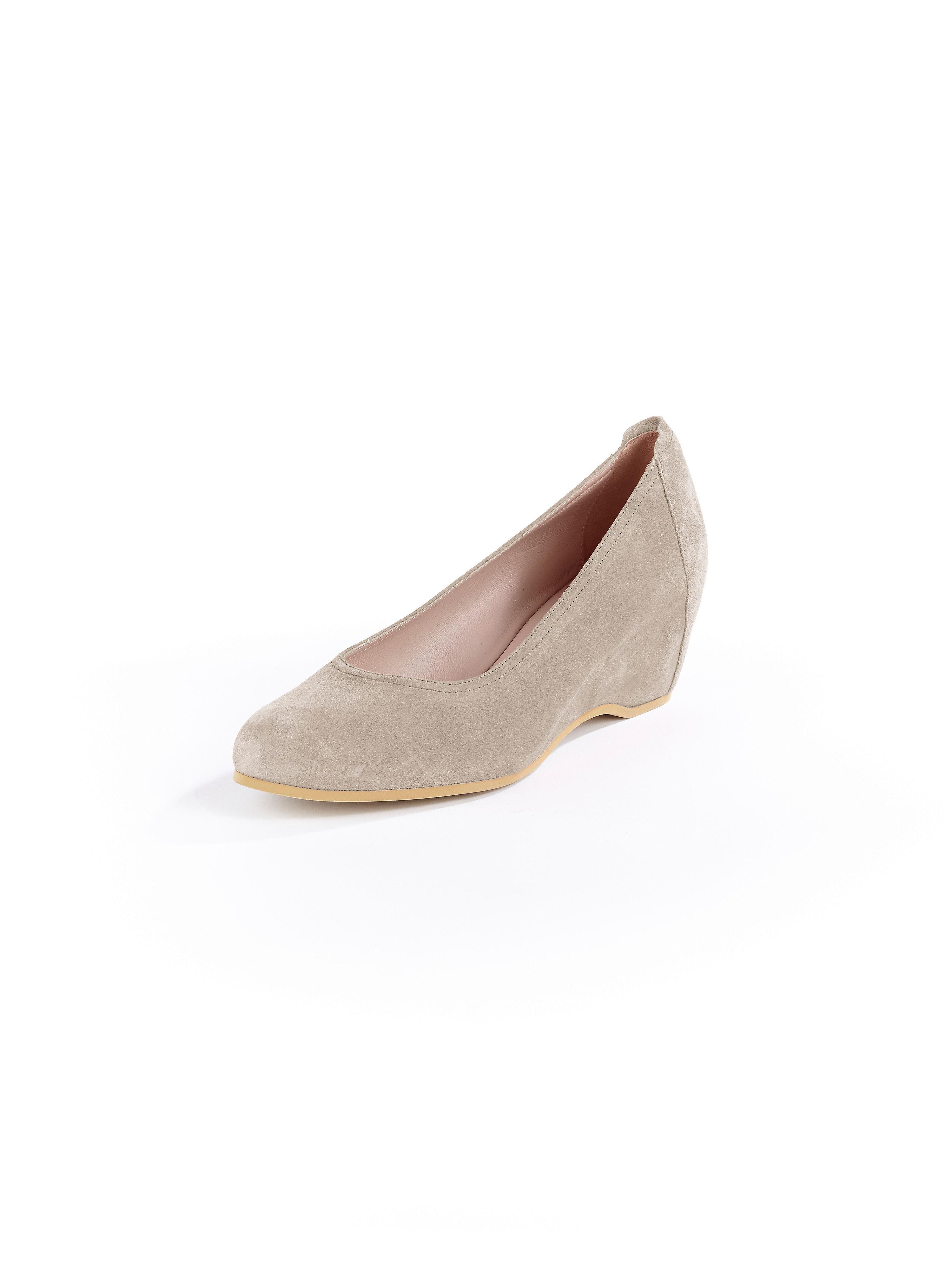 shoes peter kaiser beige size 42. Black Bedroom Furniture Sets. Home Design Ideas