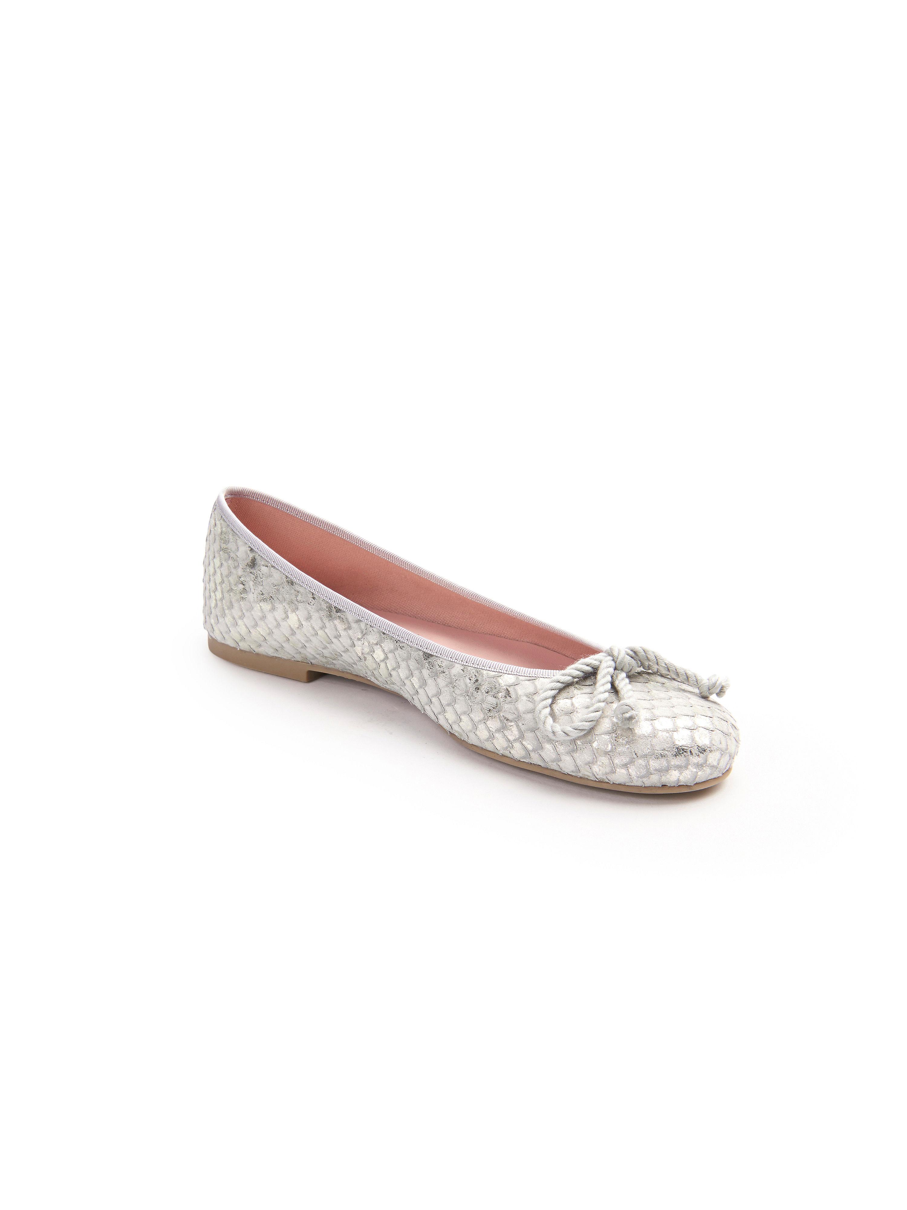 Ballerina von Pretty Ballerinas in modischem Look. Silber-Metallic aus  Rindsleder und Gold-