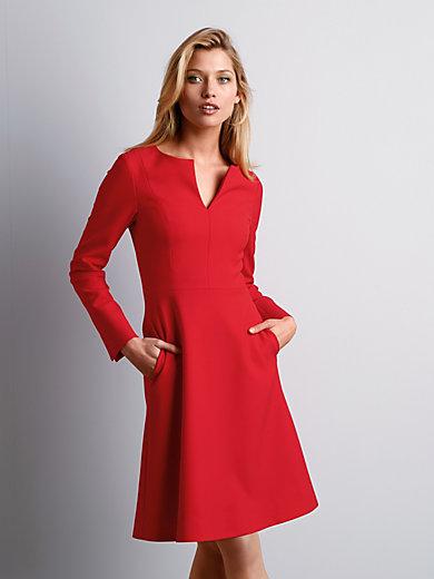 St. Emile - Kleid mit umwerfender weiblicher Silhouette